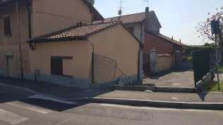 incidente recinzione rotonda via milano 16042019 (3)