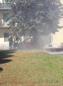 20190617 incendio auto gerenzano (2)