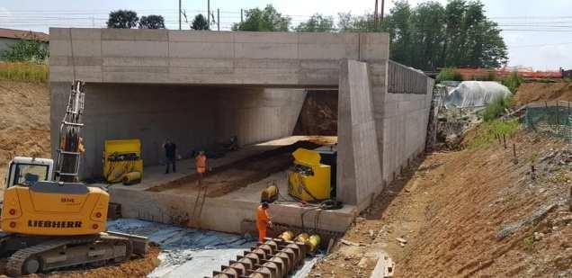 20190707 monolite sottopassaggio gerenzano (7)