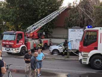 incendio villette confine caronno cesate 21092019 (5)