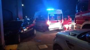 20200125 intossicati pompieri carabinieri ambulanza vigili del fuoco via strafavia (2)
