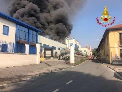 20200321 incendio gallarate (1)
