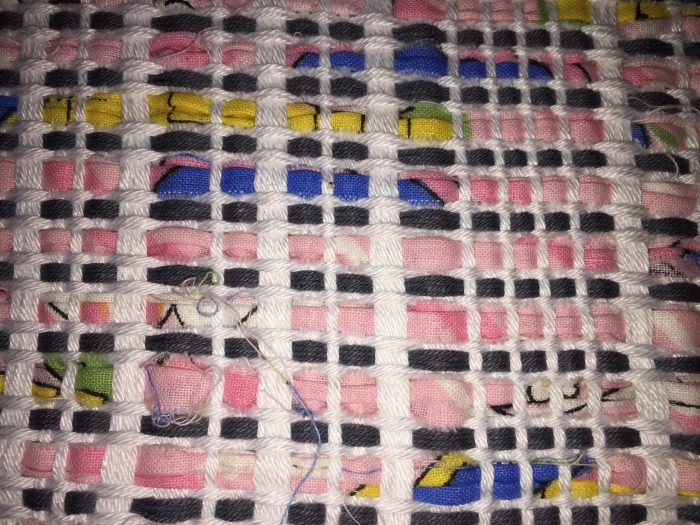 Close up Pillow cover Vetlanda - handwoven on 4 shafts with strips of bedlinnen blue-pink