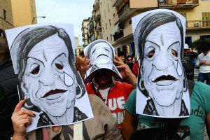 ITALY-UNEMPLOYMENT-PROTEST-RIOT