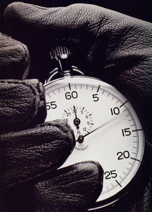 Il tempo corre, leggi una storia