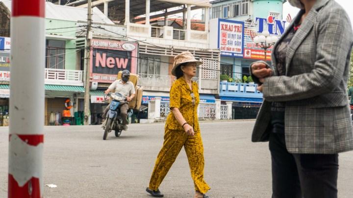 Dans les rues de Hué