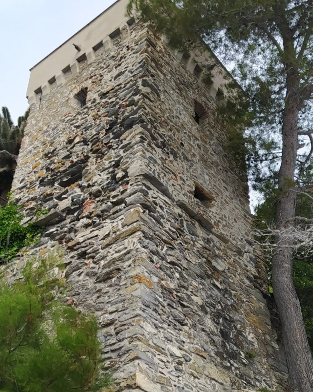Zoagli, Torre Saracena di Levante