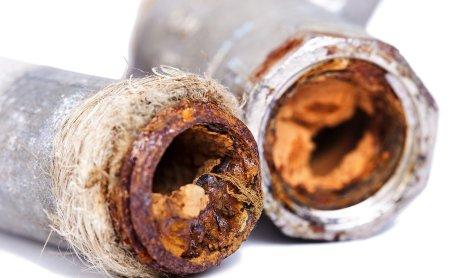 corrosione ruggine tubi trattamento acqua