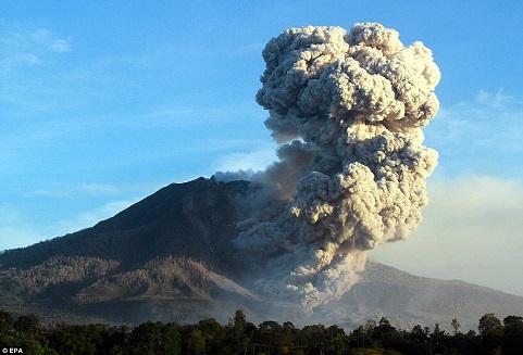 gunung berapi sinabung 2