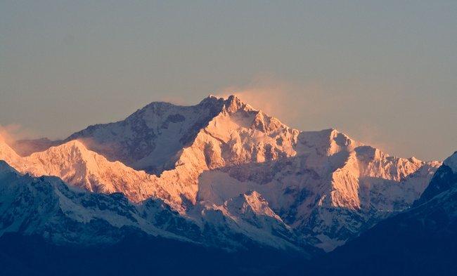 puncak gunung kanchenjunga