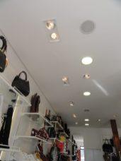 Sobrados arquitetura lighting design comercial interior vitrine Mercado Velho