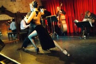 Bar_Notable_Cafe_Tortoni_Buenos_Aires_Show_5