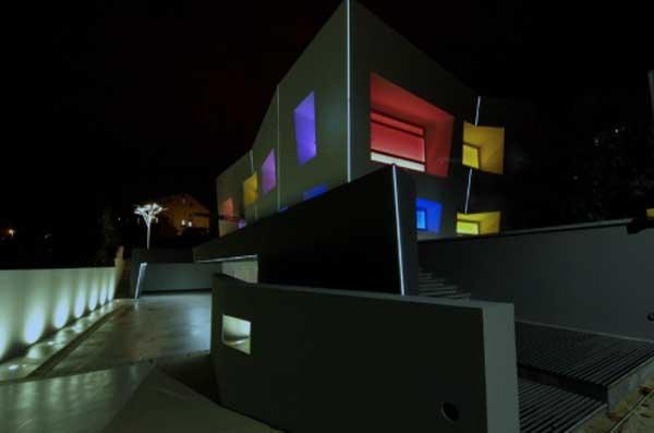 iGuzzini-Underscore-InOut-fachada