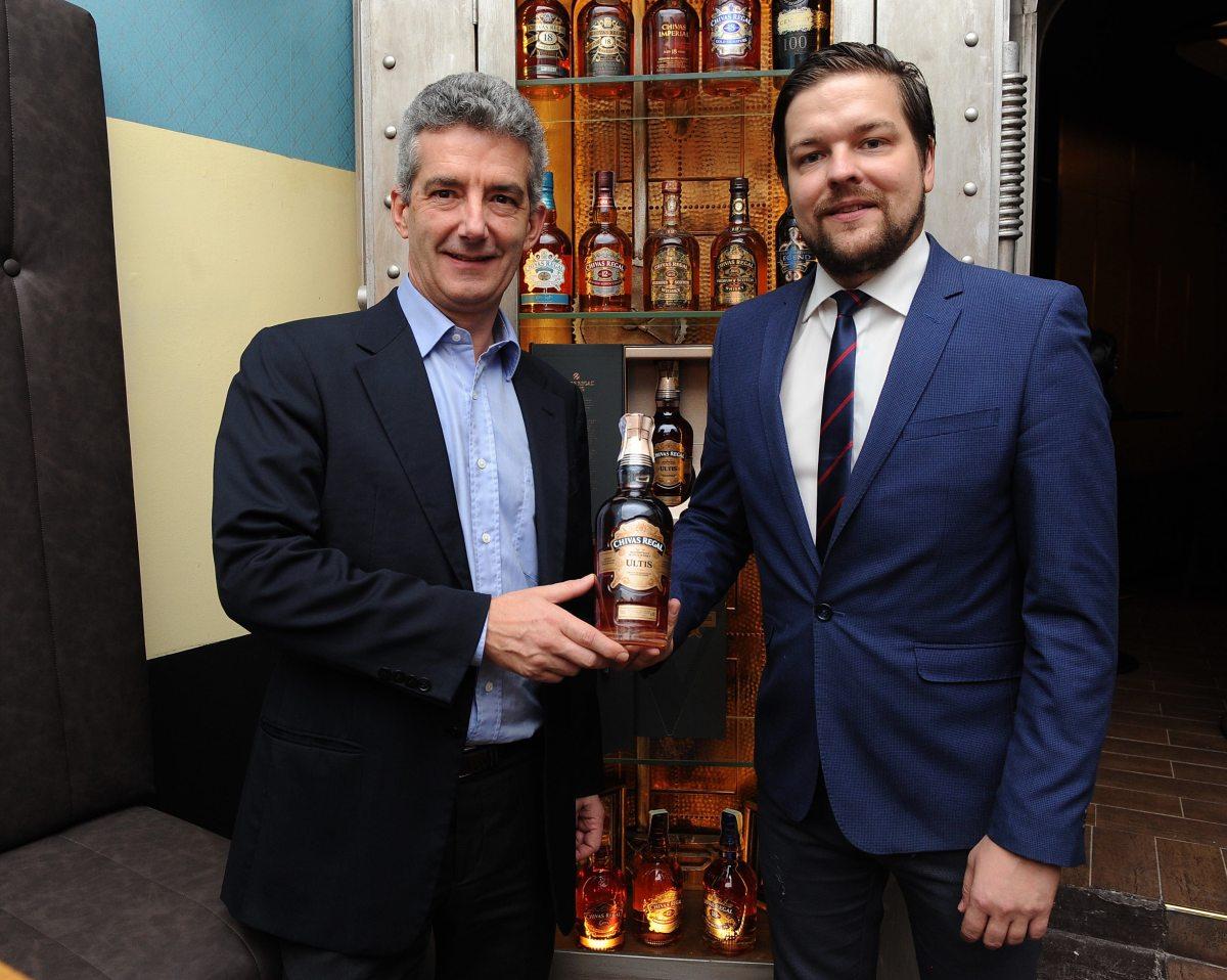 003_Gen.reditel JB_PR_M.Beuve-Mery s whisky ambassadorem Zdenkem Kortisem