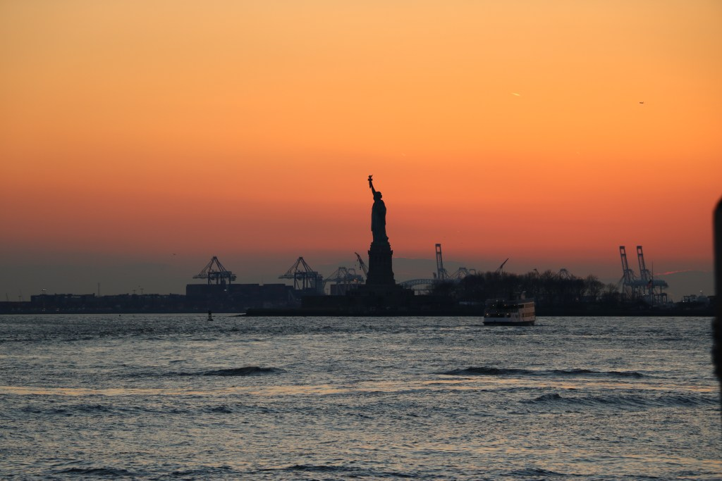 Il tramonto da Battery Park, New York