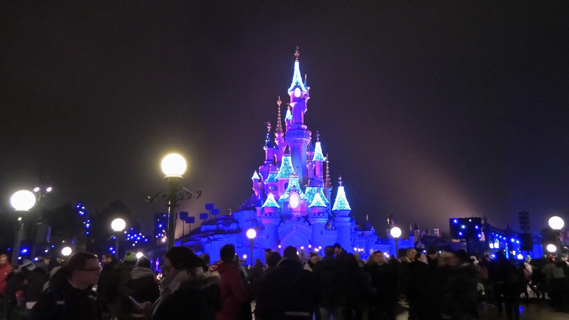 Disneyland Paris low cost. Come risparmiare senza rinunciare ...