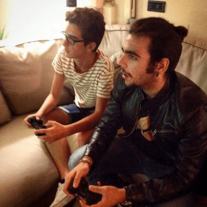Ignazio and Erny playing a video game!