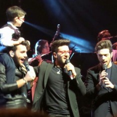 bellabellabino; All About Il VoloIl Volo with young boy on Ignazio's shoulders - Atlantic City NJ Concert 2/13/16 North America 2016 tour