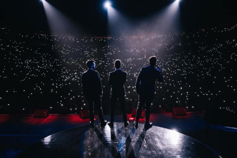 View from behind of IL VOLO on stage in the Verona Arena