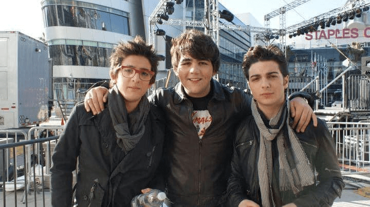 Young Piero, Ignazio and Gianluca in front of the Staples Center