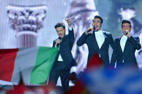 Left to right: Gianluca, Ignazio and Piero singing on the Sanremo 2015 stage