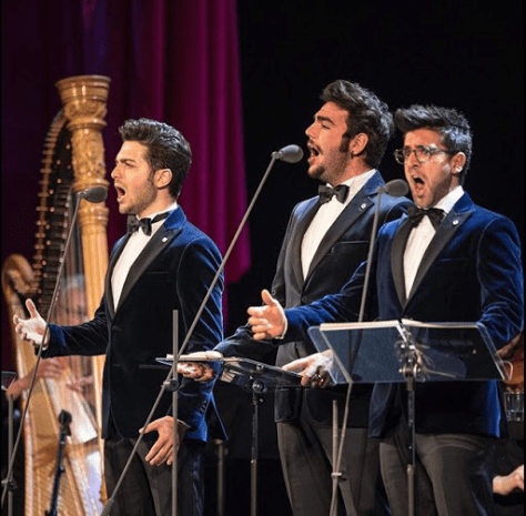Left to right: Gianluca, Ignazio and Piero singing on the Firenze stage