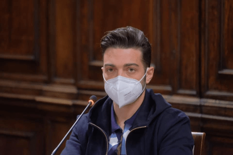 Gianluca in a mask at the press conference