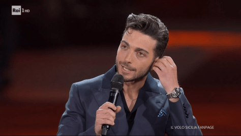 Gianluca speaking to the audience