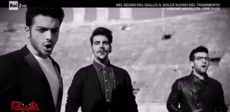 IL VOLO in the Il Tuo Sguardo Manca video