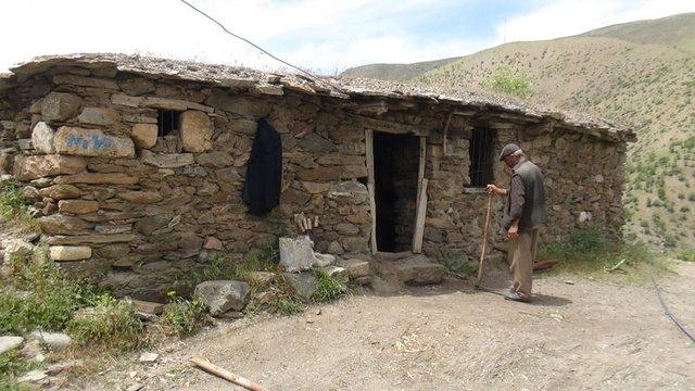 terkedilmiş köy evi