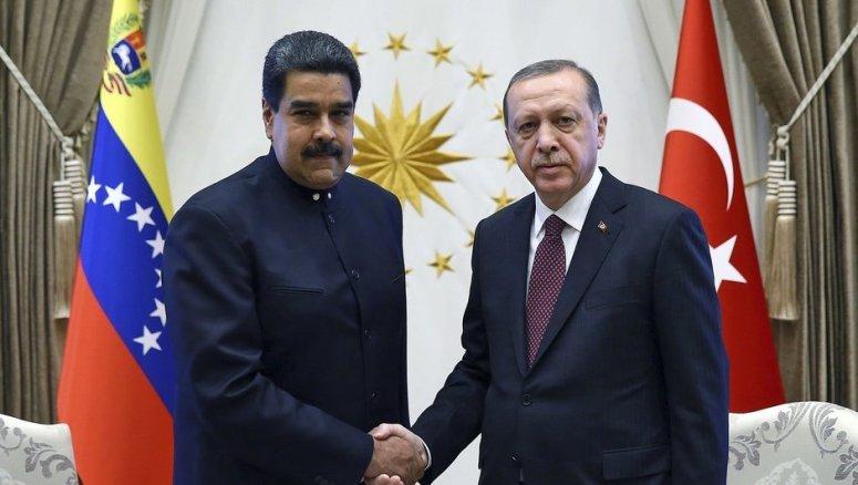 Cumhurbaşkanı Recep Tayyip Erdoğan Nicolas Maduro