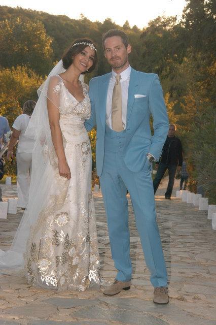 Hande Ataizi eski eşi Benjamin Harvey'in soyadı hakkını kazandı - Magazin haberleri