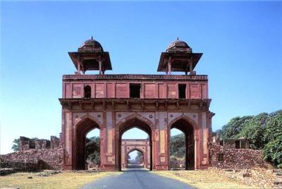 Image result for Naubat Khana fatehpur sikri