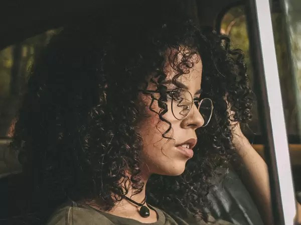 Extremely Curly Hair_winter_idiva_3c
