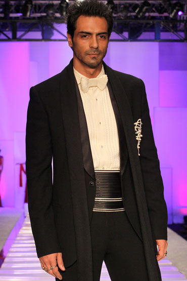 Image result for arjun rampal tuxedo
