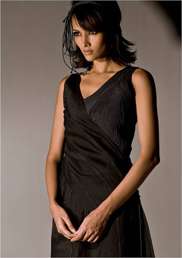 A model in one of Vaishali's outfits