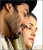 Abhishek Bachchan and Aishwarya Rai in Umrao Jaan