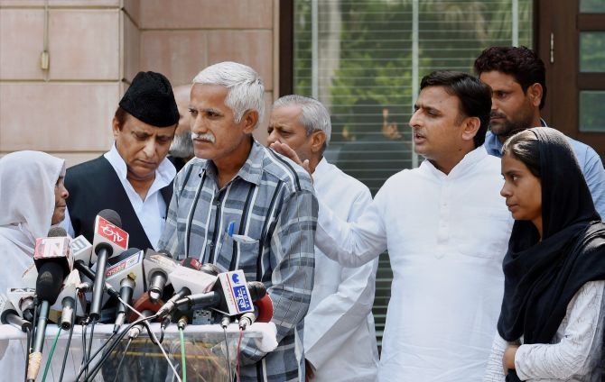 Image: The family members of Mohammad Akhlaq, who was lynched in Dadri, with Uttar Pradesh Chief Minister Akhilesh Yadav in Lucknow. Photograph: PTI