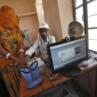 India - Don't misread Supreme Court order,  #Aadhaar not a must