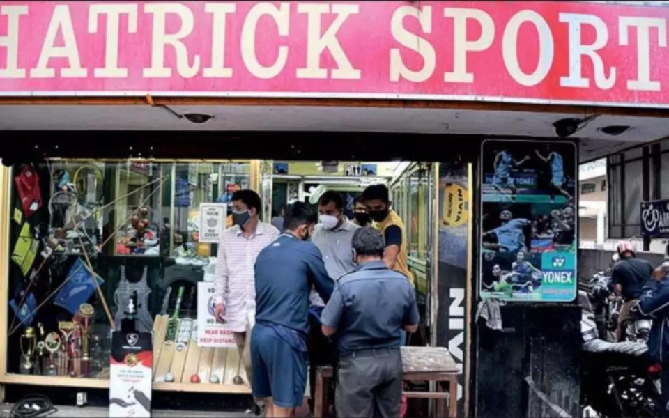 Hatrick Sports Store In Gandhi Nagar Bangalore Closing Down Due To Pandemic Whatshot Bangalore