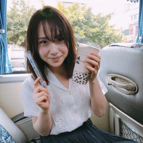 高橋朱里 エロ画像006
