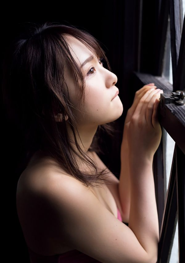 高橋朱里 エロ画像042