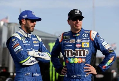 "Photo of Kyle Busch, Jimmie Johnson and other long-standing helmet brand fires after their ""trash"" Tweet"