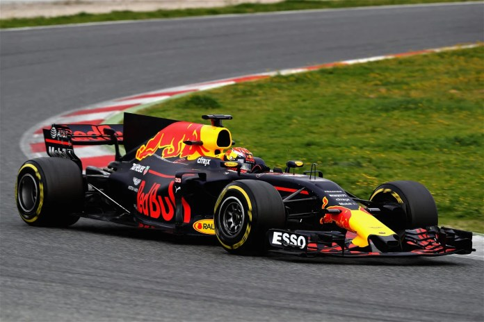 "Le pilote Red Bull Max Verstappen lors des essais hivernaux de F1 en Espagne ""style ="" float: right; margin: 0 0 10px 10px ""data-src ="" https://i2.wp.com/image-cdn.essentiallysports.com/wp-content/uploads/20210202170516/GettyImages-646126290.jpg?resize=696%2C464&ssl=1 ""data- data- />   <p style="