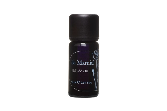 best essential oils sleep relaxation destress lavender clary sage frankincense disciple