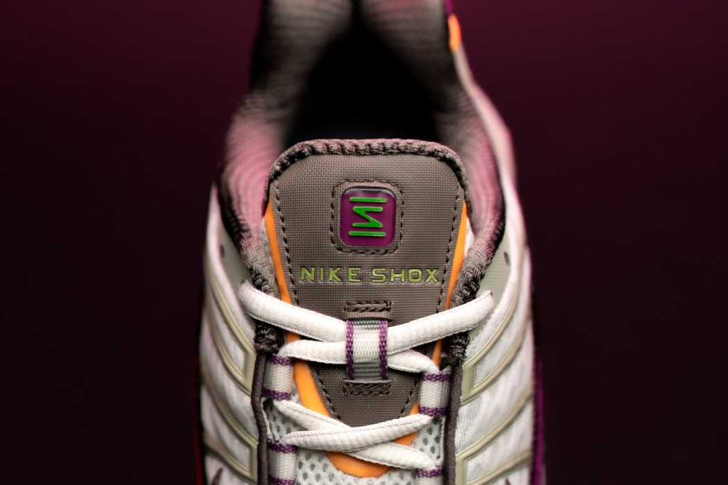Size Exclusive Nike Shox TL Viotech Dunk Low Pro Purple red blue white grey orange 2000s sneaker TPU midsole cushioning foam spring pillars
