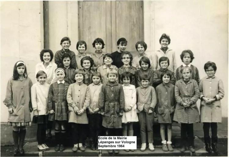 Photo De Classe ECOLE MAIRIE DE LEPANGES De 1964 Ecole De
