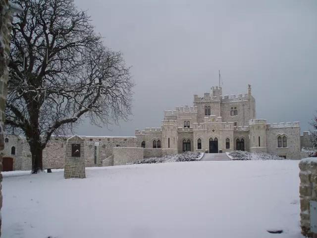 Chateau De Condette Sous La Neige Par Jean Baptiste