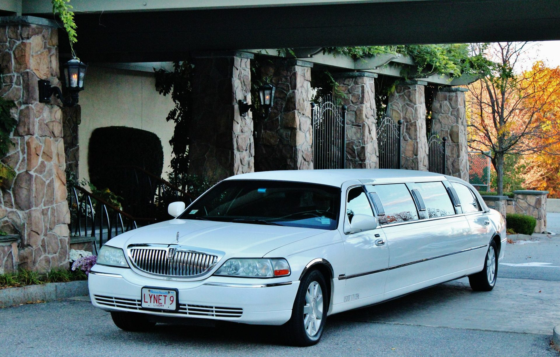 Boston Quincea±era Limo
