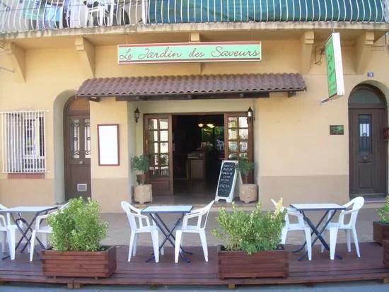 Le Rustique Restaurant De Cuisine Traditionnelle Autos
